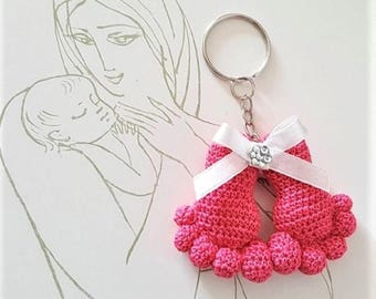 First mothers day gift Crochet baby feet Pink baby feet New baby keychain Crochet keychain Amigurumi keyring Baby feet crochet Mothers day