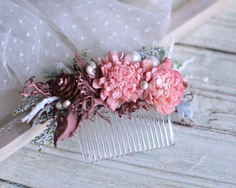 Dried flower hair comb, Rose gold wedding hair accessories, Pinecone hairpiece, Winter hair comb, Pale pink hairpiece, Natural comb, Moss