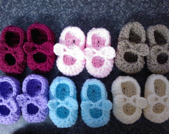 My Easy Crochet Petite Baby Mary Jane Ballerina Slippers With Bows (3 inch sole)