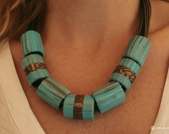 Ethno style . Boho style . Necklace . Polimer clay . Handmade . Jewelry. Sheaths . Clousure gold/silver/bronze color .