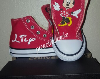 Minnie Mouse (red)