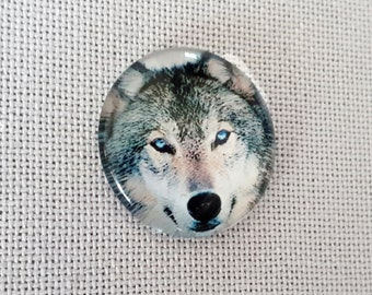 Wolf needle minder for cross stitching/embroidery