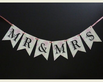 Mr & Mrs Bunting, Photo Prop Signs, Wedding Bunting, Wedding Sign, Reception Sign, Reception Bunting, Mr and Mrs Bunting, Mr and Mrs Banner
