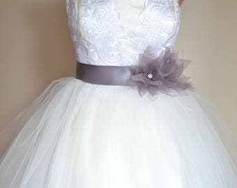 Bridal belt, Gray Lotus Bridal sash, Floral Bridal Belt, sash belt, Gray bridal belt, Flower wedding sash, Flower wedding dress belt