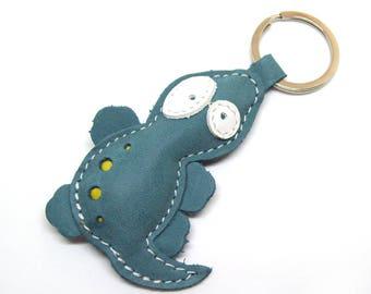 Cute little green lizard leather animal keychain - FREE shipping Worldwide - Leather Lizard Bag Charm, Lizard Accessories, Lizard Lover Gift