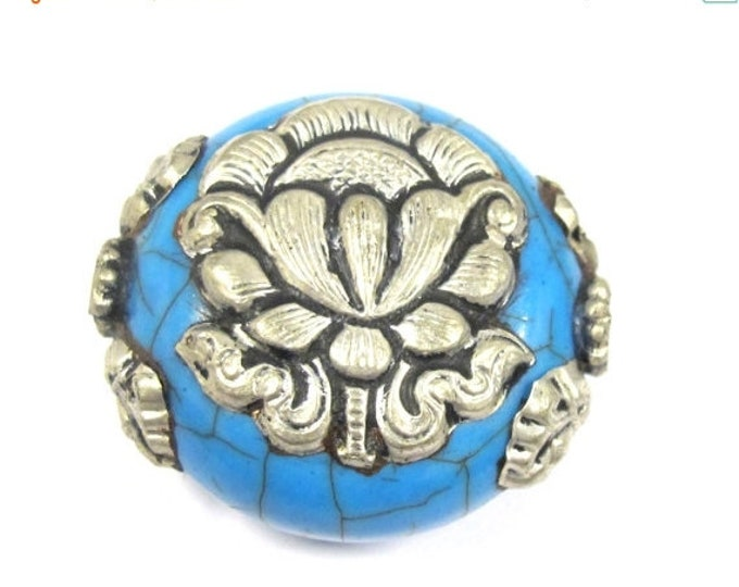 SALE 1 Bead - Beautiful large reversible blue crackle resin Tibetan silver Lotus flower bead - BD790