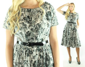 Vintage 50s Floral Day Dress Gray White Short Sleeves Full Skirt 1950s Medium M Pinup Rockabilly