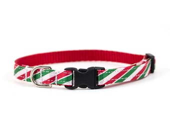 Christmas Collar // Cats & Little Dogs // 3/8 inch width // Breakaway or Standard Buckle // Pattern: Red and Green Peppermint Stripes
