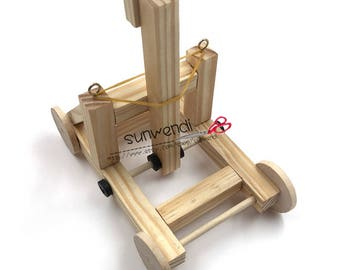 Catapult – Educational Desktop Battle Kit – Easy to Build Wooden Toy Kit for all Ages