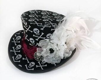Gothic Lolita Black and White Skull Brocade Mini Top Hat - Mad Hatter, Steampunk Wedding, Victorian Wedding, Derby Facinator