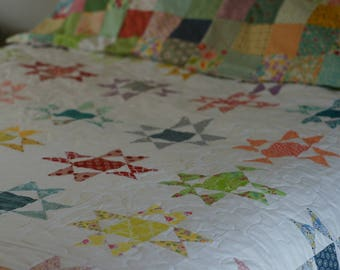 Modern Ohio Star Quilt. Vintage inspired quilt. modern quilt. reproduction fabrics. full size quilt. handmade. twin size quilt. queen size.