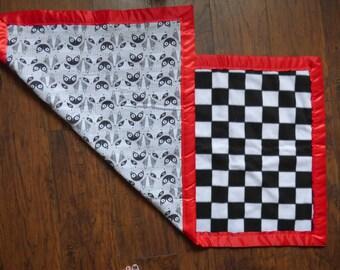 baby blanket, handmade (25inx50in)