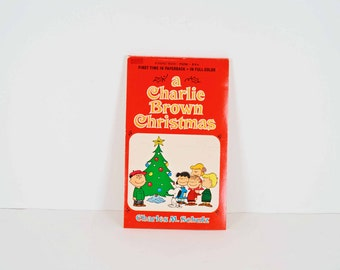 A Charlie Brown Christmas paperback book by Charles M Schulz - Snoopy, Lucy, Linus