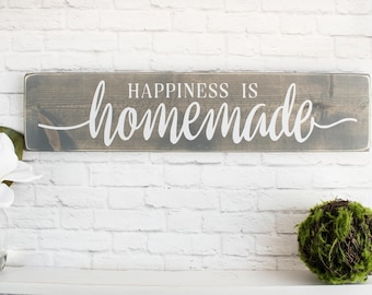Happiness Is Homemade Wooden Sayings Wall Décor – Rustic Farmhouse Wooden Signs with quotes