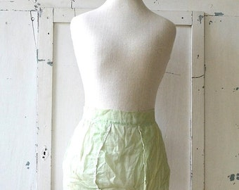 vintage sheer green apron green lace bow shabby chic apron