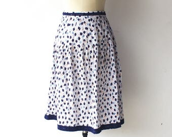 Vintage Crepe Skirt / White and Blue Leaf Skirt / Size S