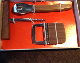 Bar in teak or rosewood and Stainless accessories