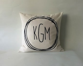 Monogrammed pillow - Modern monogram pillow - 16x16 18x18 20x20 24x24 -  Monogrammed Pillow - Cushion Monogram - pillow cover monogram