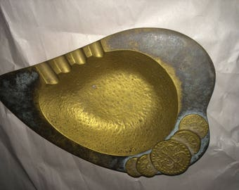 Old Brass Ashtray made by Dayagi in Israel Old Brass Ashtray made by Dayagi