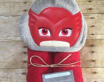 Owlette, PJ Masks hooded towel, kids present, pool, beach and bathroom