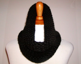 Knit Cowl, Chunky Knit Cowl, Neck Warmer, Cowl Scarf, Black Knit Cowl, Bulky Knit Cowl, Knit Cowl Scarf, Infinity Cowl, Chunky Scarf Cowl