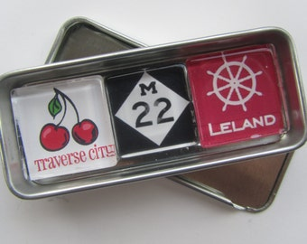 LELAND, Michigan, M22, Manitou Islands, Up North Michigan, Leelanau, Traverse City, Northport, Glen Arbor, Northwest Michigan Souvenir