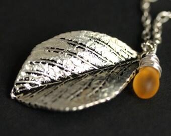Silver Leaf Necklace. Leaf Pendant with Wire Wrapped Teardrop. Leaf Jewelry. Silver Leaf Charm Necklace. Silver Necklace. Handmade Jewelry.