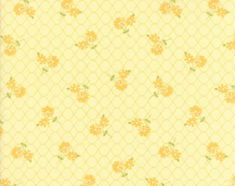 Pepper and Flax - Daisy Days in Flax Yellow: sku 29041-15 cotton quilting fabric by Corey Yoder for Moda Fabrics