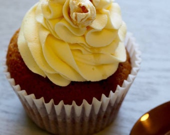 Buttered Popcorn Cupcakes
