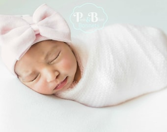 Newborn girl hat, baby hospital hat with bow, available in many colors for newborn baby girls, good for newborn photo shoots