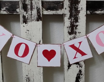 Valentine Banner Garland XO XO Hugs & Kisses Banner Shabby Chic Red And Pink Banner Wedding Banner Custom Colors Garland Romantic Banner
