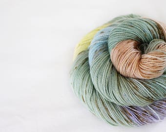 Fairy Tree - Magpie -  75/20/5 superwash merino/ nylon/ gold stellina sock yarn