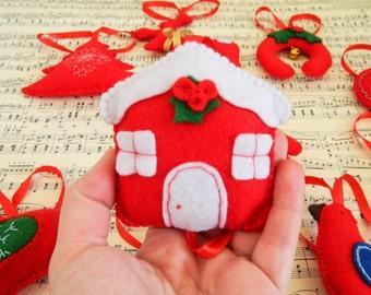 Felt christmas ornament_handmade Scandinavian Heart_Embroidered felt decoration_Red felt heart ornament_Reindeer felt_toys with bell