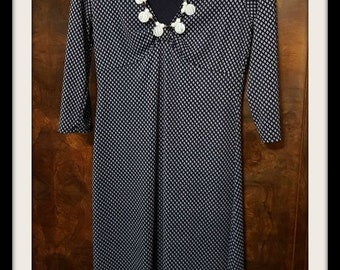 Dress Michael Kors blue and white, diamonds shapes, excellent condition size 10 Stretch material ,