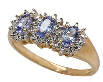 14k Yellow Gold Ring with Genuine Tanzanite and Diamond Accent.size 6.5   (R686)