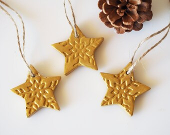 Gold star decorations - Set of 3 gold Christmas ornaments - Handmade Christmas star ornament - Snowflake pattern - Gold wedding favors