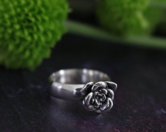 Sterling silver succulent ring - succulent jewellery - botanical ring - nature inspired - succulent jewellery - succulent ring