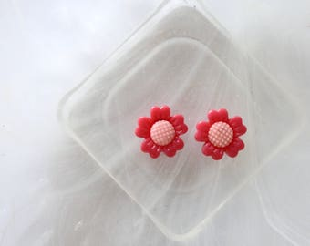 small hot pink flower cabochon scrapbooking