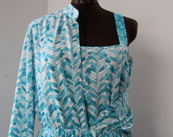Vintage beautiful, breezy summer dress from the 70s