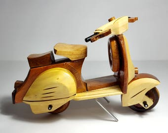 "8"" Wooden Vespa Scooter Handmade Solid Wood Model Home Art Decor Collectibles Model Vespa"