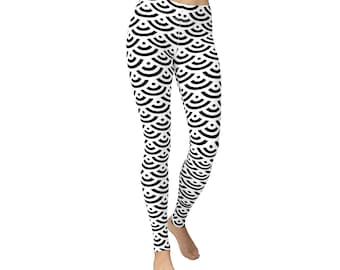 Black Concentric Fish Scale Leggings