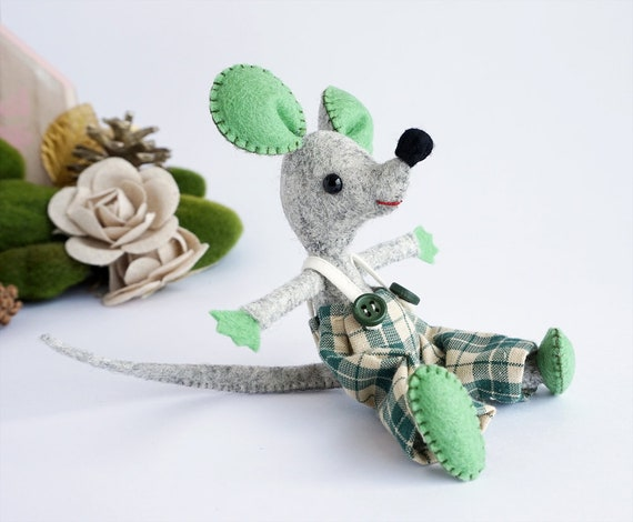 Mouse, Miniature Mouse, Felt Animal, Tooth Fairy, Soft Sculpture, Waldorf, Handmade Animal, Birthday Gift, Mouse Toy, Little Mouse, Handmade