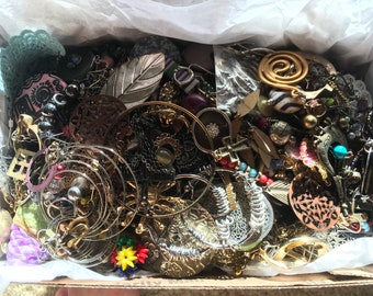 Mixed jewelry lot assorted, E1