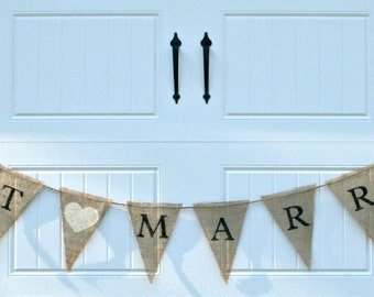 Burlap Banner - Just Married - Wedding Banner, Bunting, Pennant
