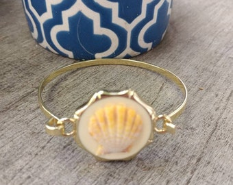 Hawaiian Sunrise Shell Cuff Bangle