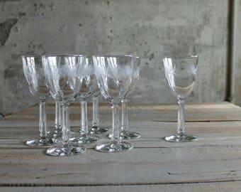 8 Pc Vintage Glass Wine Glasses