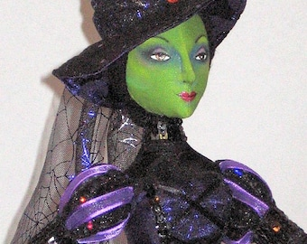 Gwendolyn, the Glamour Witch