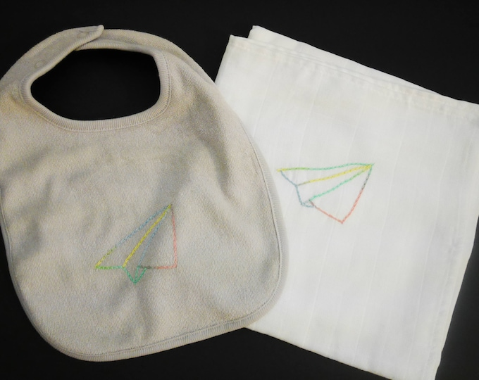 Diaper and baby bib / / birthday gift / / hand embroidery / / child blanket / / child Swaddle / / baby set / / punk / / plane