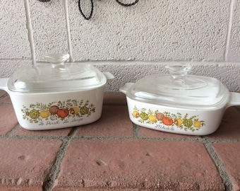 Set of 2 Corning Ware Casserole Dishes 1 Quart And 1 1/2 Quart with Lids Made in the U.S.A.