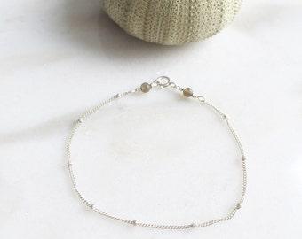 Caviar bracelet | Subtle, minimalistic and comfortable | 14k gold filled & sterling silver